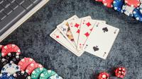 cartas casino chips